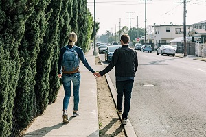 10 signs that will spot love right away for you