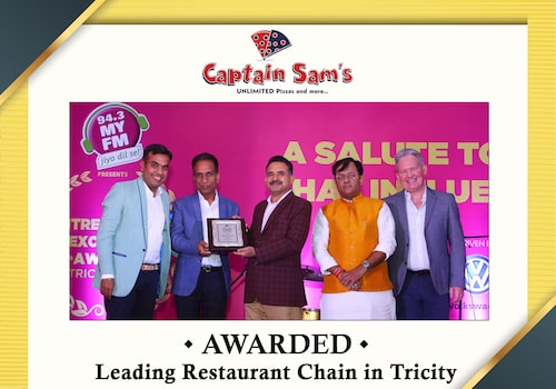 captain sams unlimited pizza buffet in chandigarh