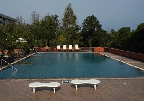 Top 5 swimming pools in chandigarh - Chandigarh hotel with swimming pool ...
